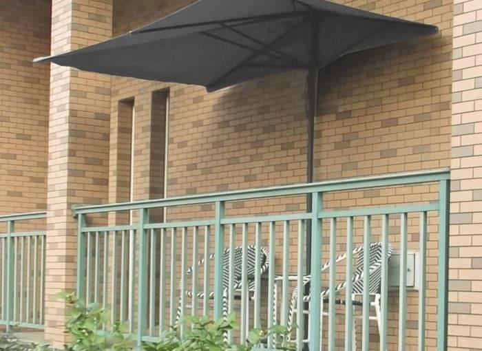 Peut-on mettre un parasol sur son balcon ?